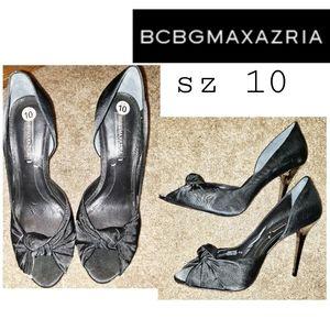 BCBGMAXAZRIA blk D'orsay stiletto. Sz 10. $298